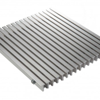 G_550S_1_inch_Serrated_Aluminum_Foot_Grille_Main
