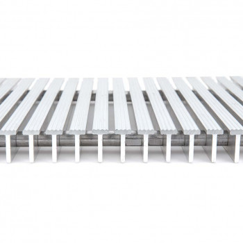 G_550S_1_inch_Serrated_Aluminum_Foot_Grille_Side